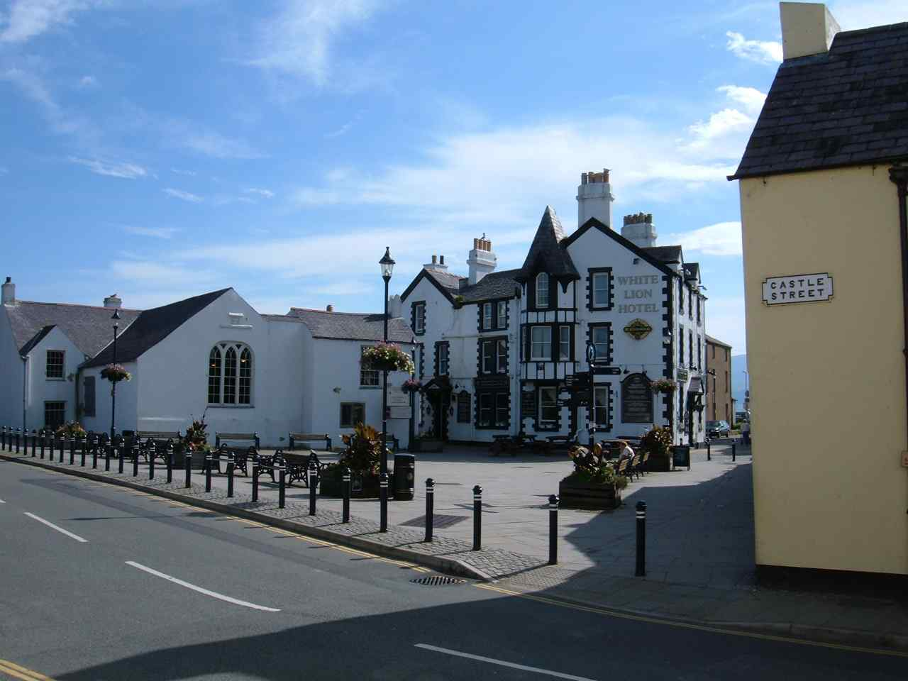 Anglesey, Beaumaris Square Sept 2006