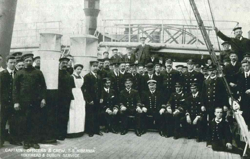 Anglesey, Holyhead, Crew of the SS Hibernia