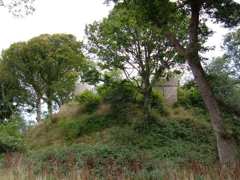 Castell Aberlleiniog Motte and Bailey Site
