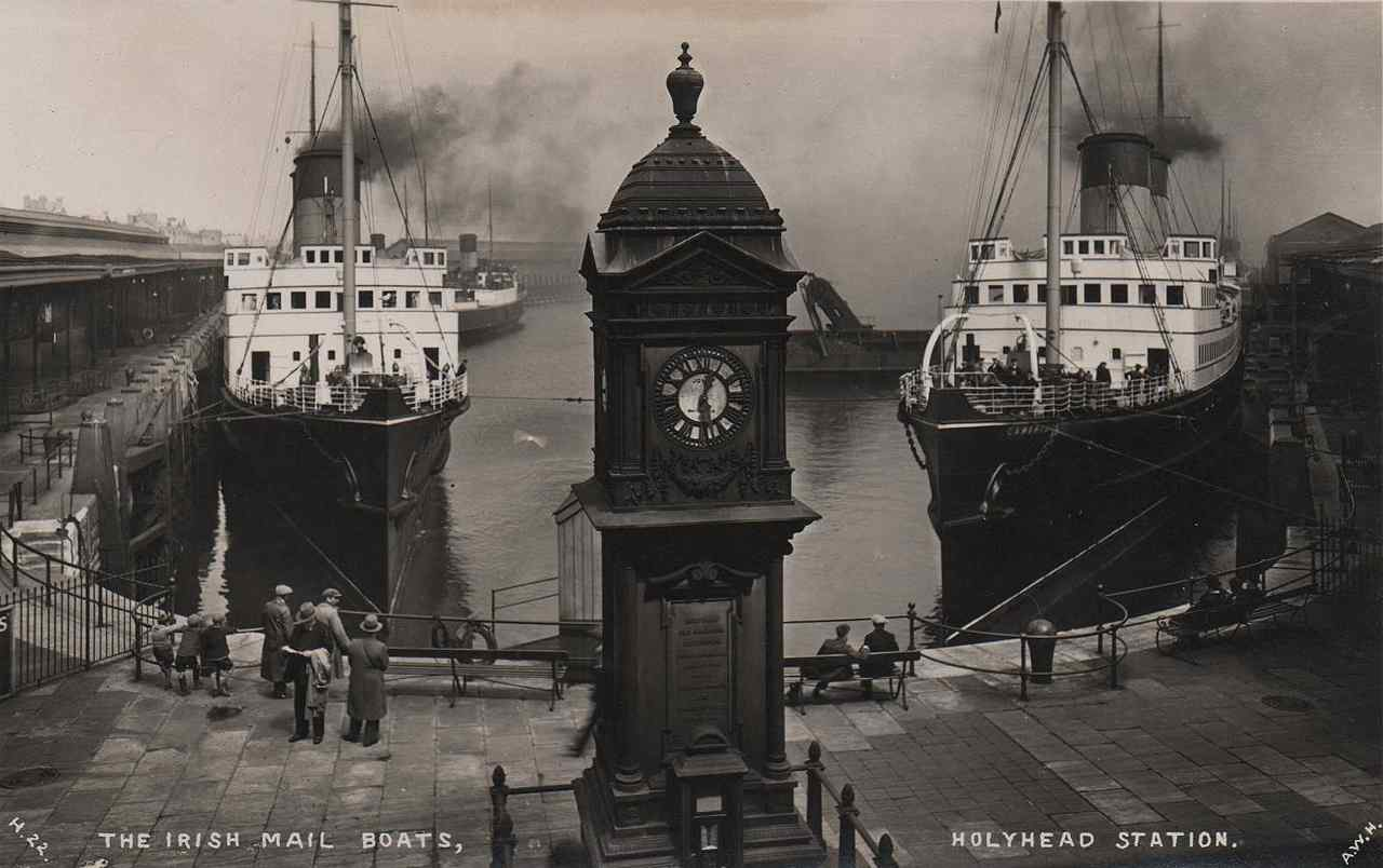 holyhead irish mail boats and the station clock