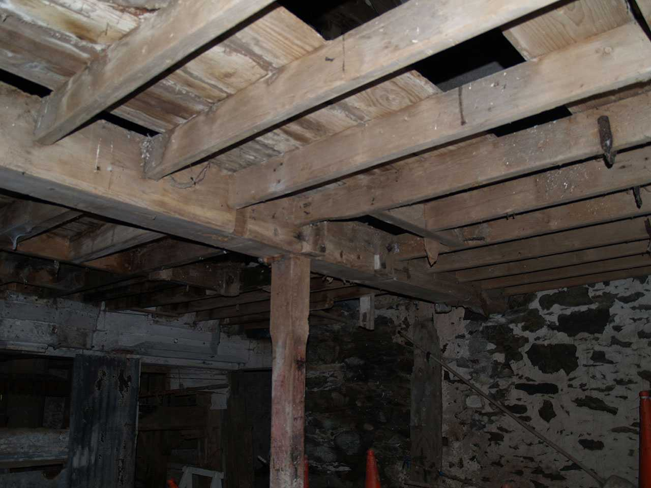 Aberffraw, Melin Aberffraw Water Mill, First Floor Beams