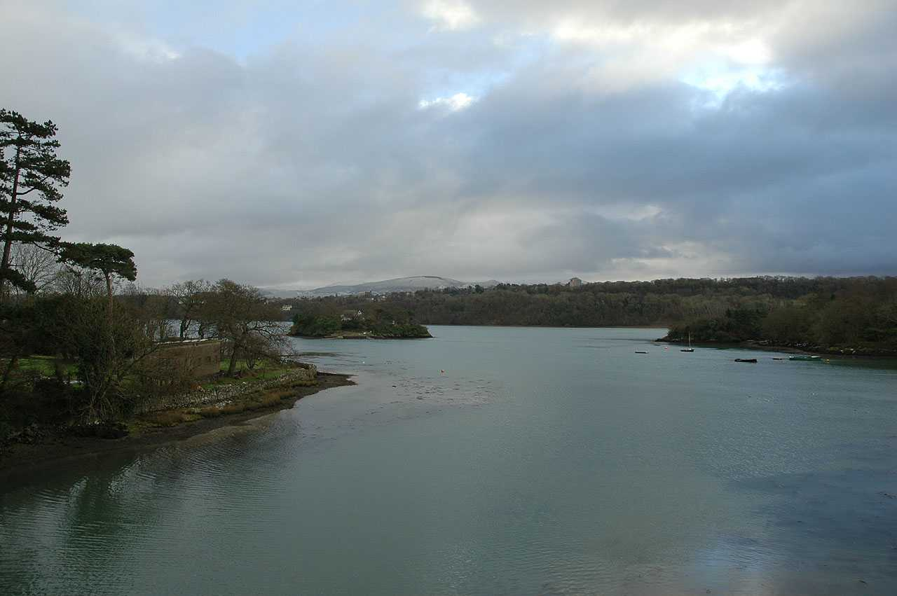 Anglesey, Menai Bridge, view from the new Cadnant Bridge of the ferry crossing route