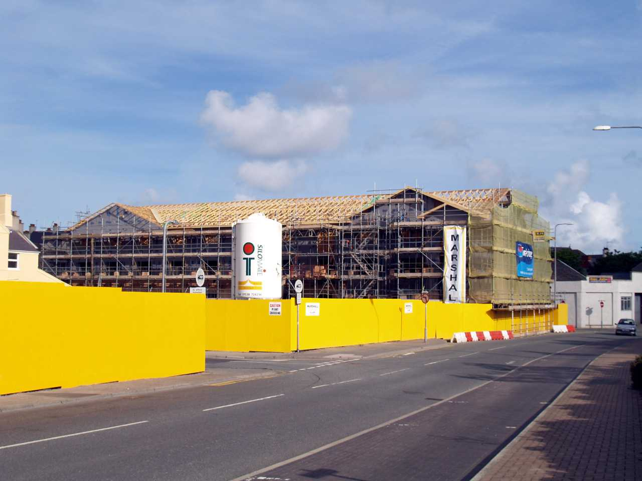 Anglesey, Holyhead, Travelodge Hotel under construction 260507