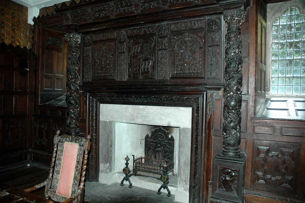 Llanrwst, Gwydir Castle, Dining Room, Carved Oak Fireplace