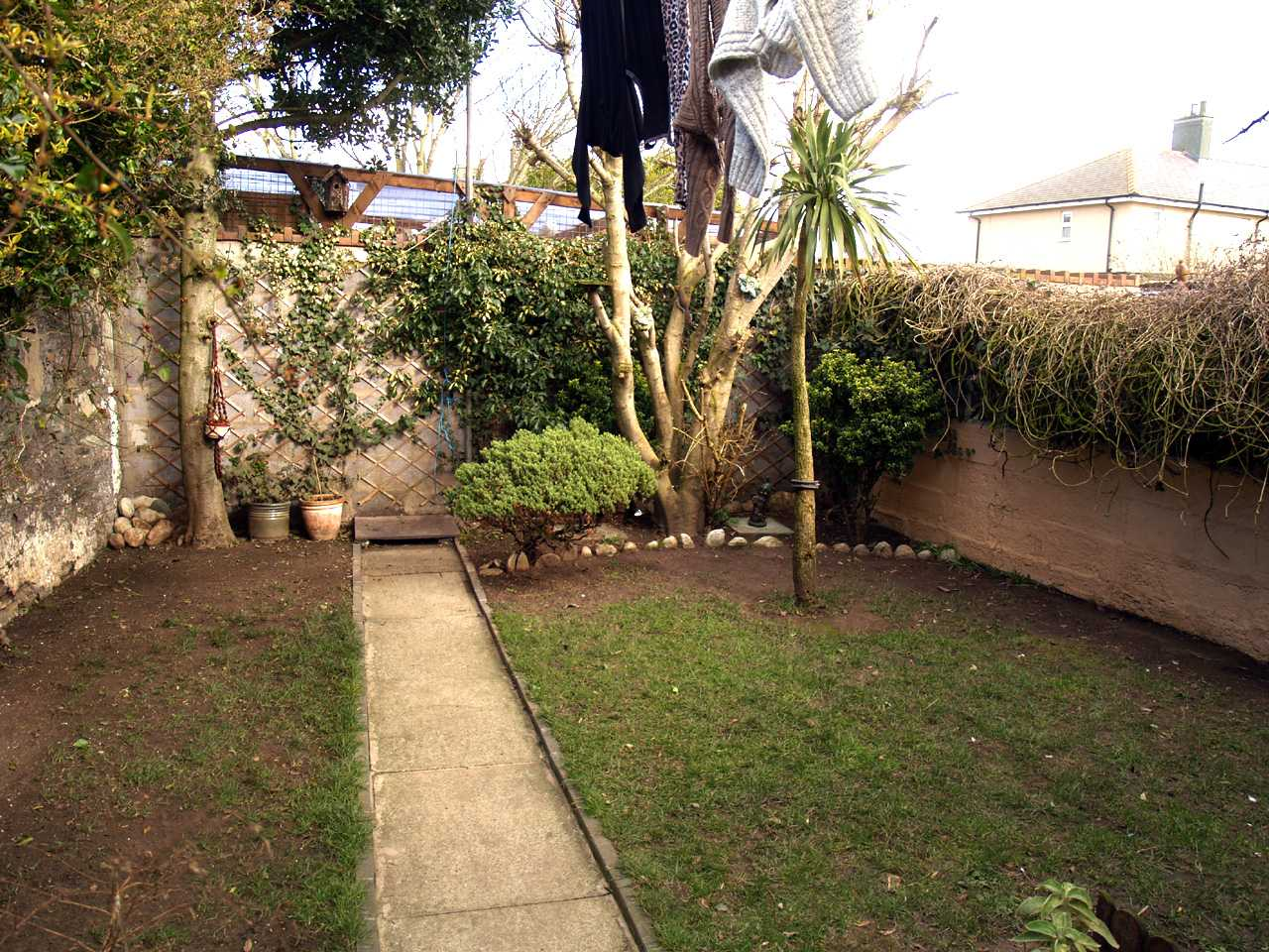 Garden of house for sale in Holyhead