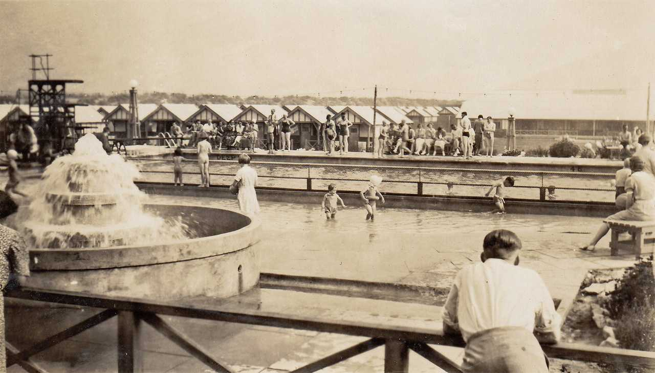 Rhyl, Outdoor Swimming Pools