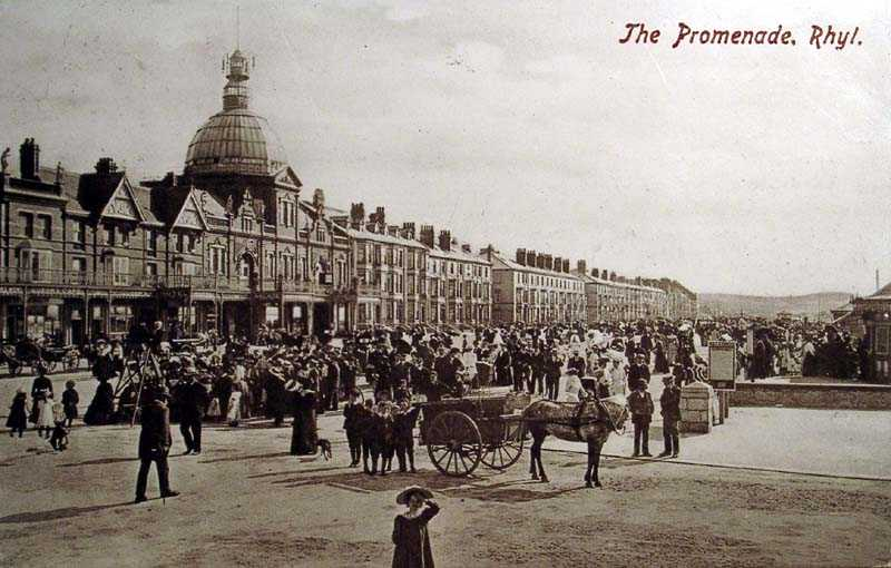 Rhyl, a packed Promenade 1906