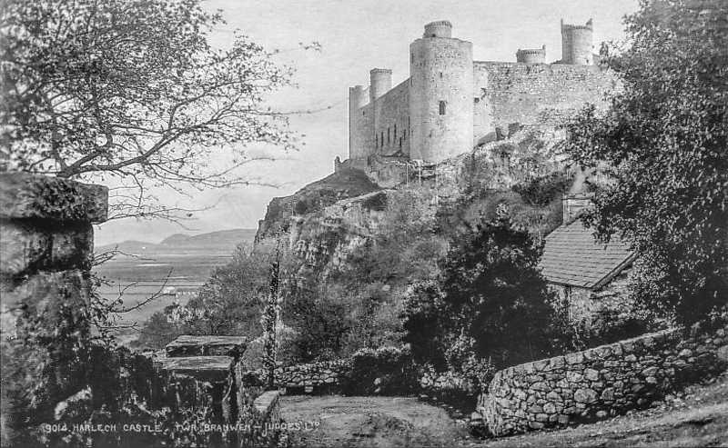harlech castle, twr branwen in the mid 1920's