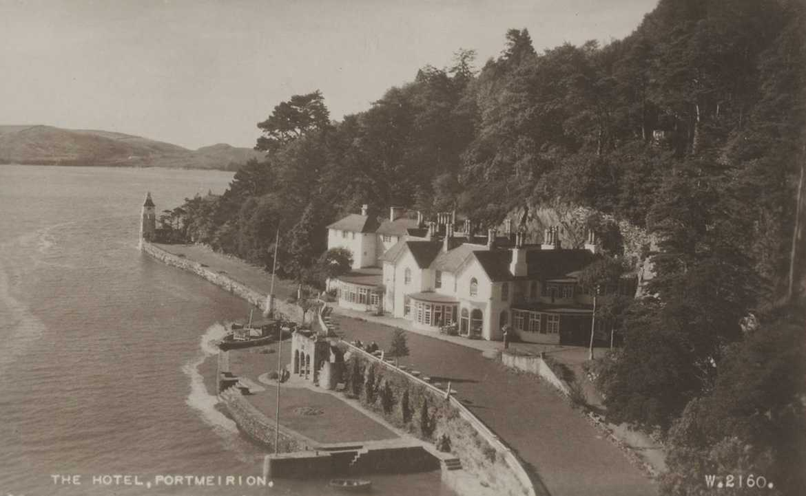 portmeirion, the hotel and river