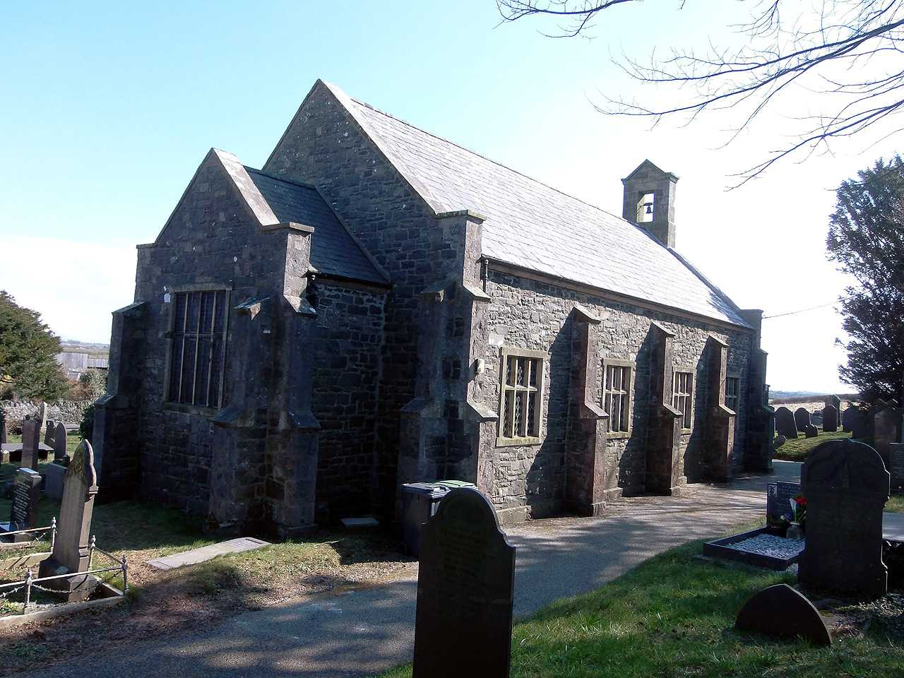 Bryngwran, Holy Trinity Church