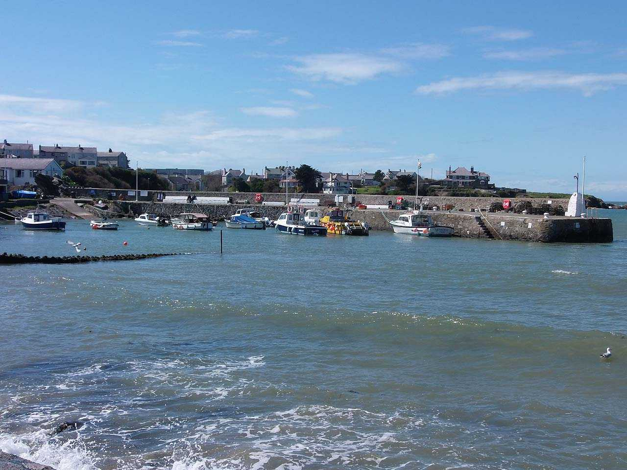 Anglesey, Cemaes Bay Harbour