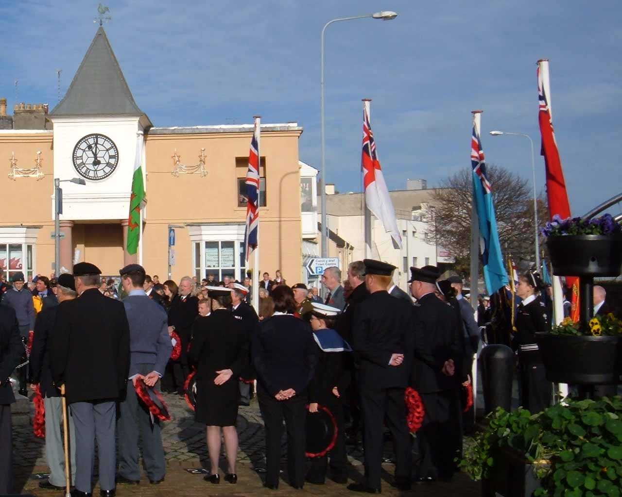 Anglesey, Holyhead, Remembrance Sunday 2006 - Fire Service, Sea Cadets and Air Training Corps