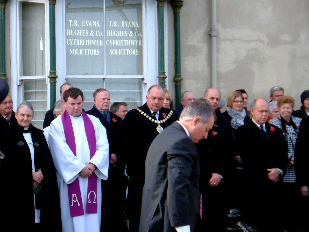 Anglesey, Holyhead, Remembrance Sunday 2006 - Local Dignitaries