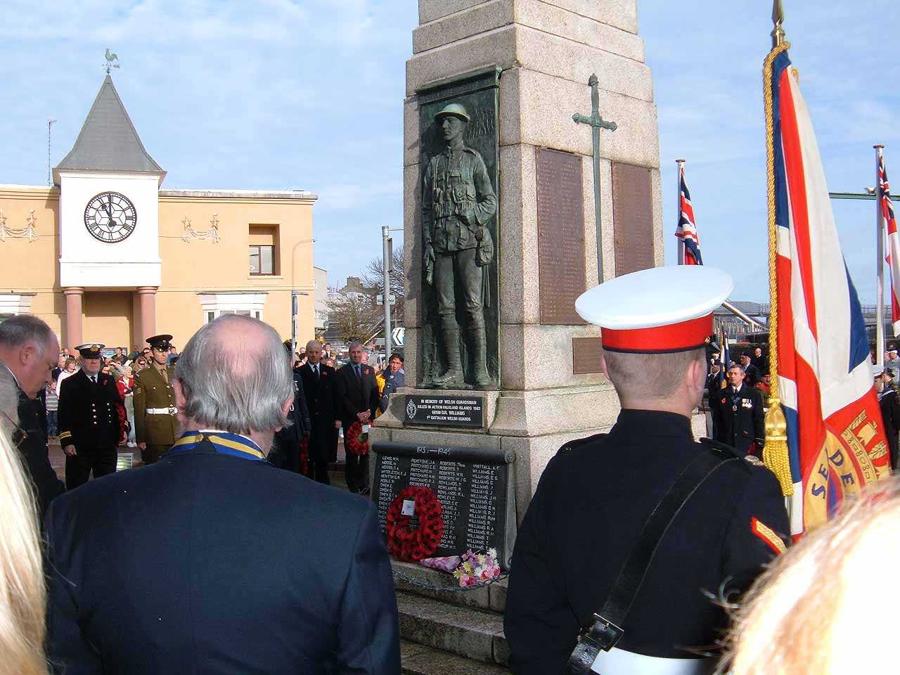 Anglesey, Holyhead, Remembrance Sunday 2006 - Uniformed Men pay tribute