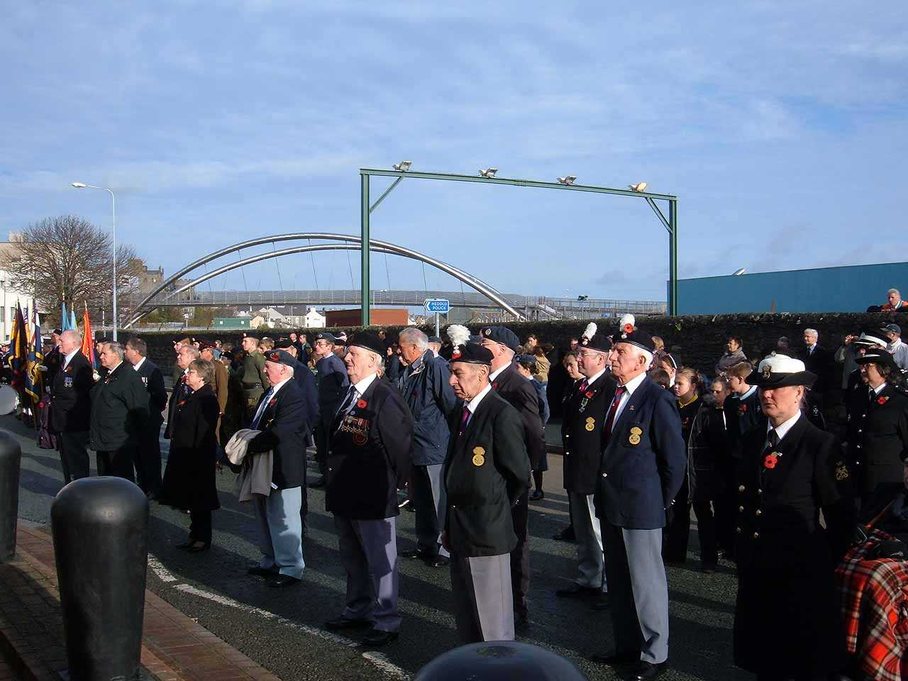 Anglesey, Holyhead, Remembrance Sunday 2006 - Veterans on Parade observe 3 minutes silence