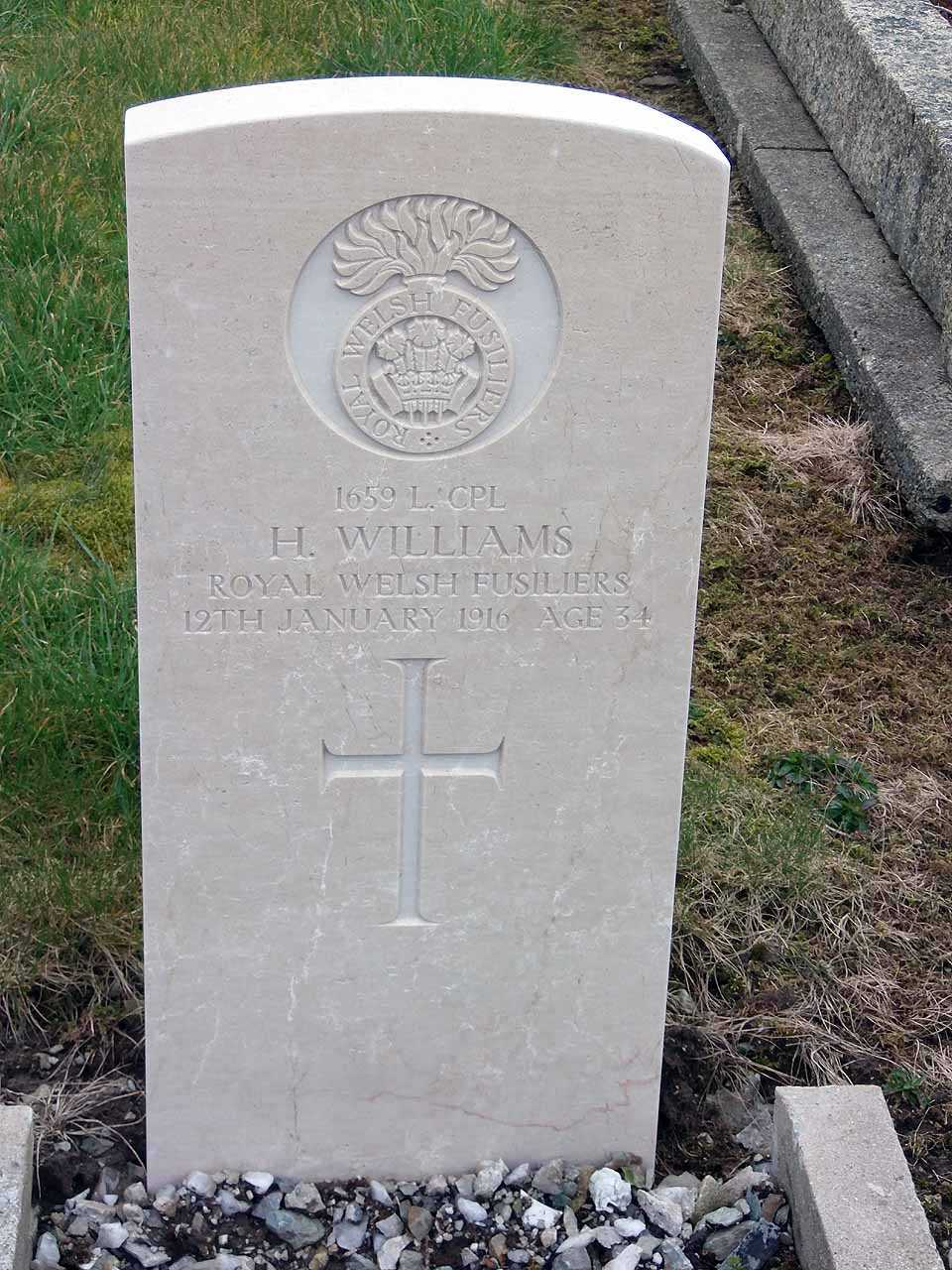 Hugh Williams Royal Welsh Fusiliers died in 1916 aged 34