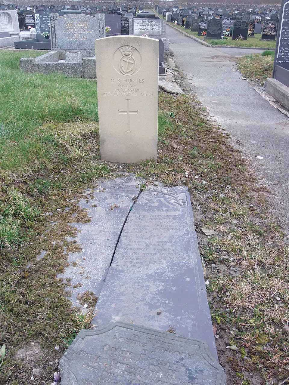 Owen Richard Hughes MM - killed aboard SS Leinster in 1918 aged 29 full photo