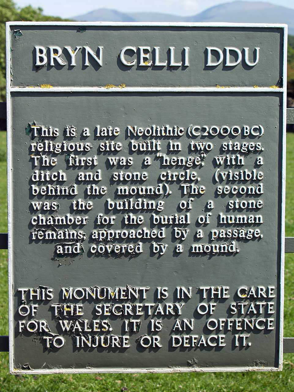 Anglesey, Llanddaniel, Bryn Celli Ddu, Information Sign