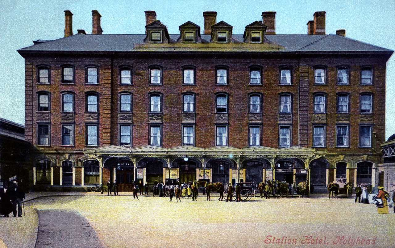 My favourite photo of the Station Hotel in Holyhead - taxis were horses and traps then
