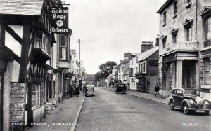 Anglesey, Beaumaris - Castle Street