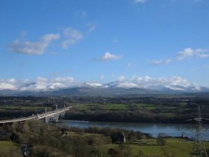 Tubular and snow capped Snowdonia 1280pix